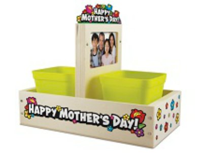 {FREE} Mother's Day Planter Build and Grow Clinic at Lowe's – May 9