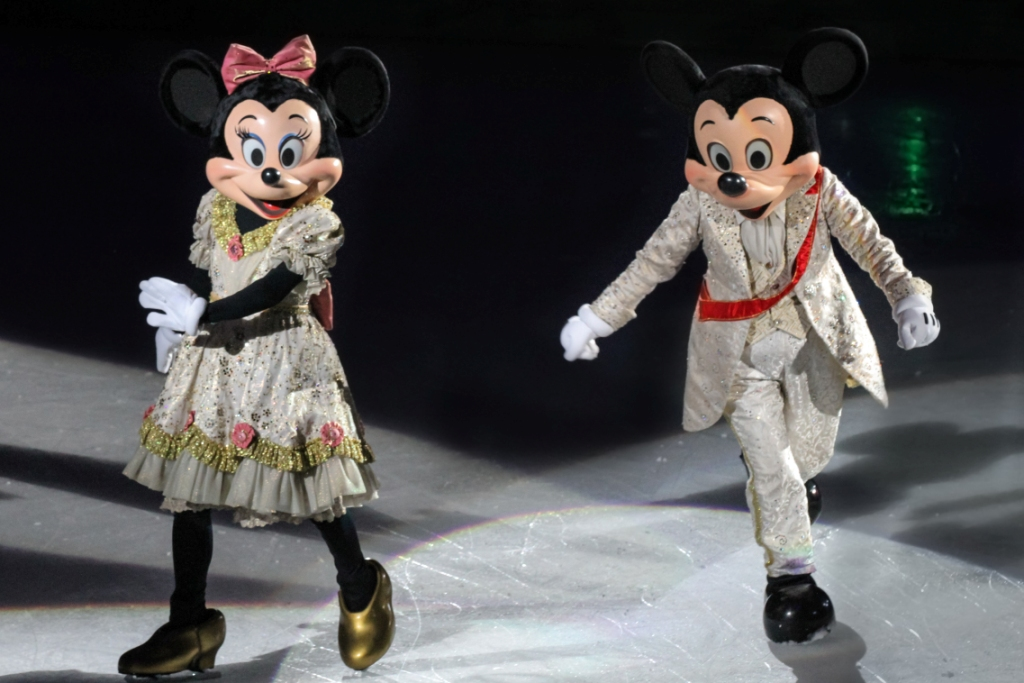 REVIEW: Disney On Ice Presents Dream Big – Royal Farms Arena {Feb. 8-12}